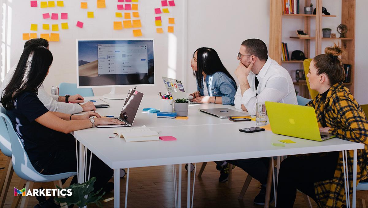 une-al-equipo-de-ventas-con-marketing-con-una-estrategia-inbound